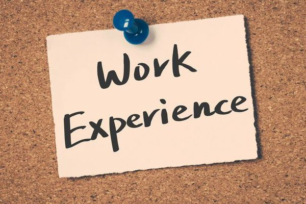 5186-work-experience-note-pinboard